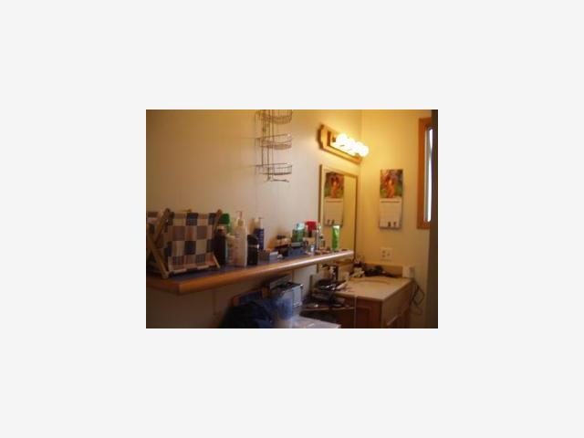 1748 Stockbridge, Redwood City CA 94061