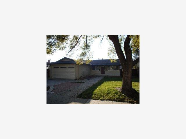 867 Carmel Ave, Livermore CA 94550