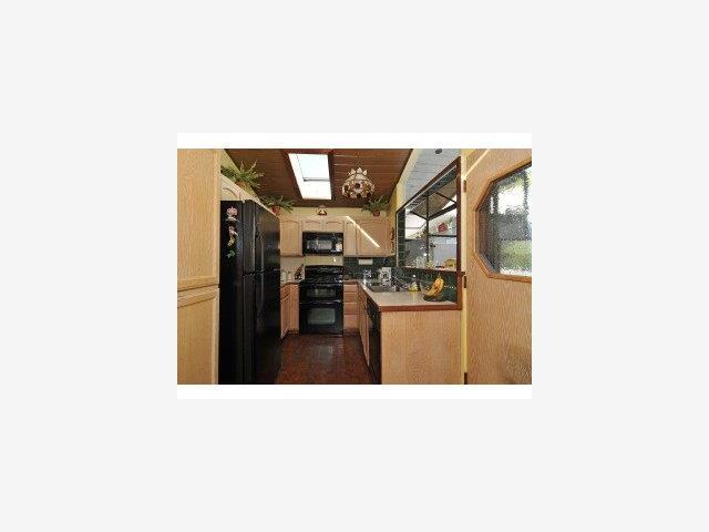 317 Walsh Rd, Atherton CA 94027