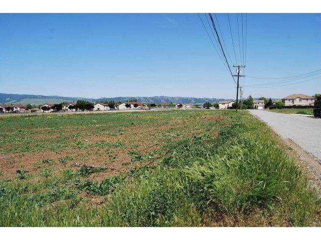 565 Tatum Ave, Gilroy, CA 95020
