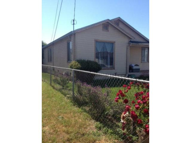 27 Burchell Ave, Freedom, CA 95019