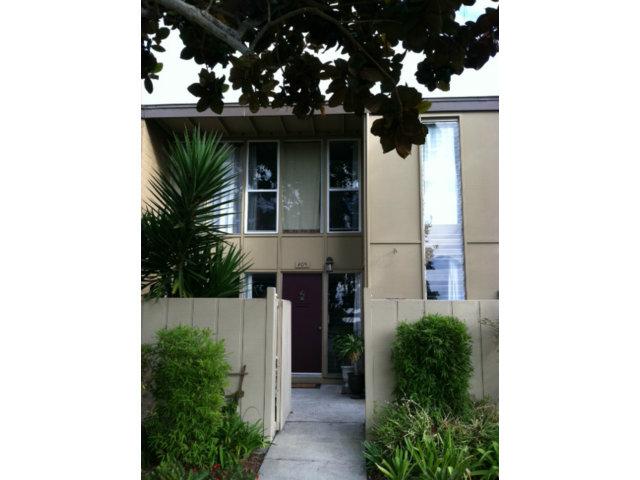 451 Dela Vina Ave #APT 405, Monterey CA 93940