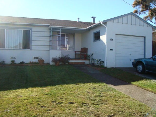 727 87th St, Daly City CA 94015