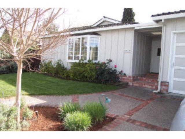2785 Eaton Ave, San Carlos, CA 94070