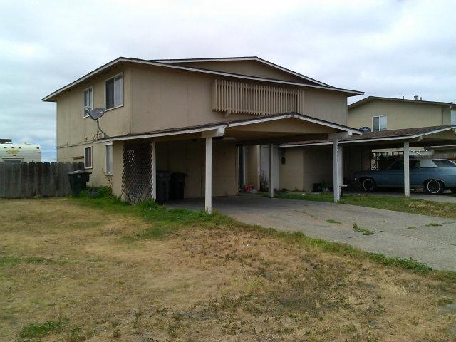 1315 Las Cruces Ct, Salinas, CA 93901