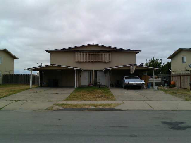 1315 Las Cruces Court, Salinas, CA 93901