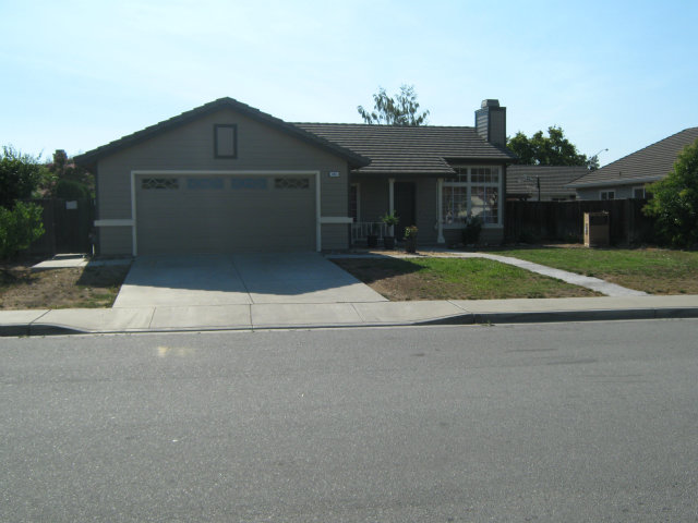 840 Paseo Drive, Hollister, CA 95023