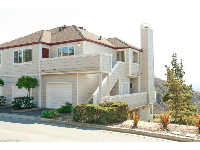725 Mountain View Dr #APT 4, Daly City CA 94014