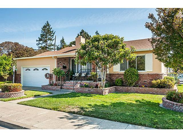 3 Meadow Ct, San Mateo, CA 94403
