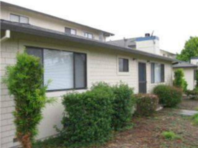 228 Green Meadow Dr #A, Watsonville, CA 95076