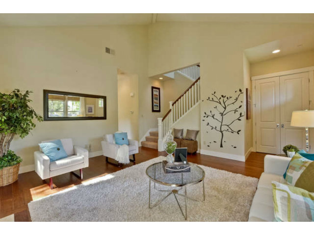 300 Mariposa Avenue, Mountain View, CA 94041