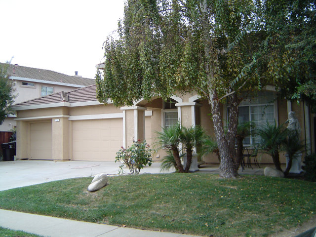 9 Whitman Circle, Salinas, CA 93906