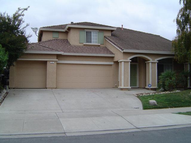 9 Whitman Cir, Salinas, CA 93906