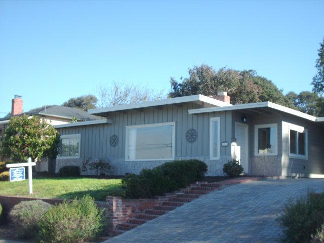 206 Edinburgh Ave, Monterey, CA 93940