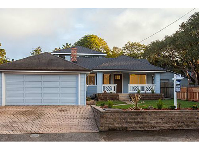 1015 Benito Ave, Pacific Grove, CA 93950