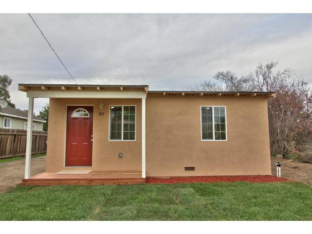 85 Russell Rd, Salinas, CA 93906