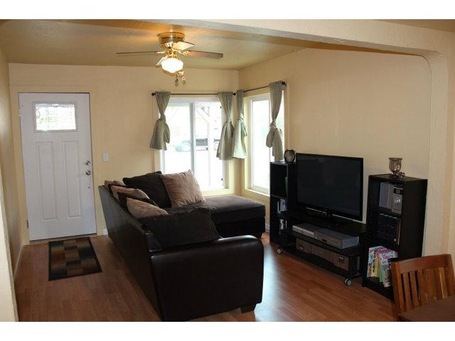 751 W 2nd Street, Hollister, CA 95023