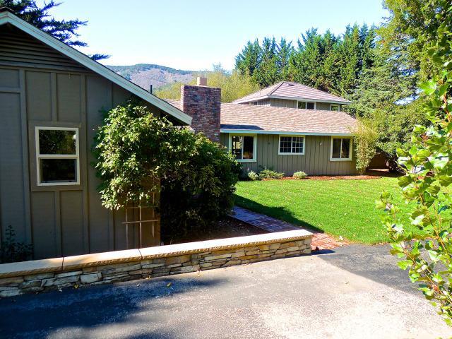 8650 Carmel Valley Rd, Carmel, CA 93923