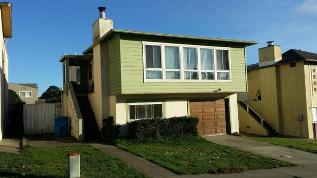 652 Parkview Cir, Pacifica, CA 94044