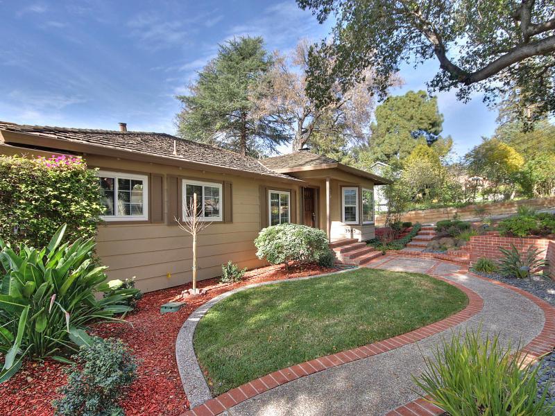 3985 Altadena Lane, San Jose, CA 95127