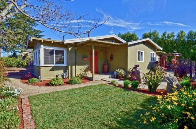 2199 Chanticleer Ln, Santa Cruz, CA 95062