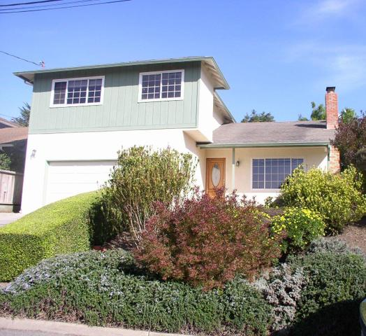 779 Kelmore St, Moss Beach, CA 94038