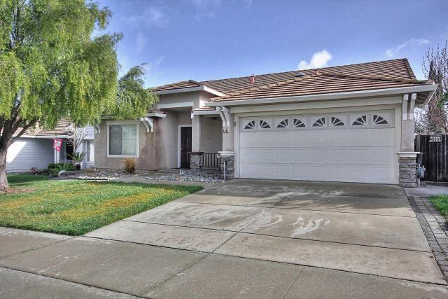 9080 Loganberry Dr, Gilroy, CA 95020