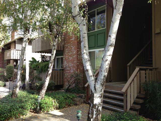 99 E Middlefield Rd #14, Mountain View, CA 94043