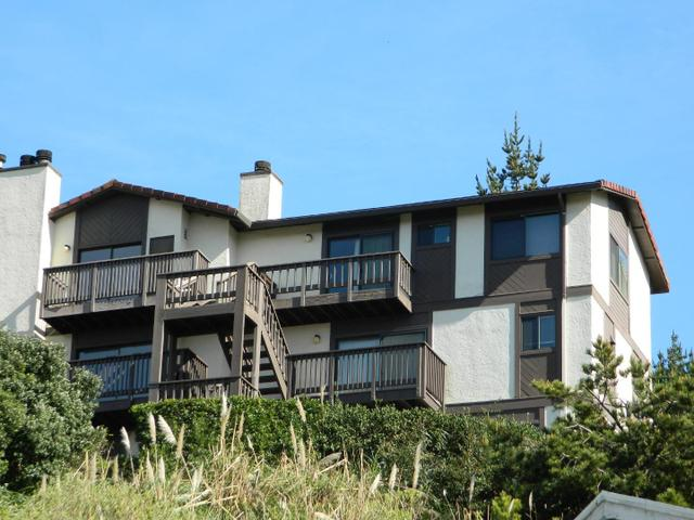 504 Monterey Rd #5, Pacifica, CA 94044