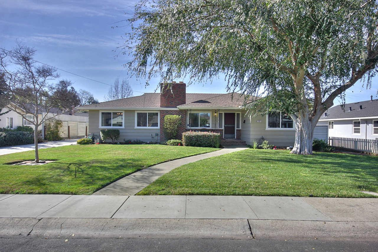 313 Carlyn Ave, Campbell, CA 95008