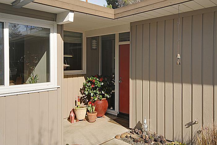 2461 Thaddeus Drive, Mountain View, CA 94043