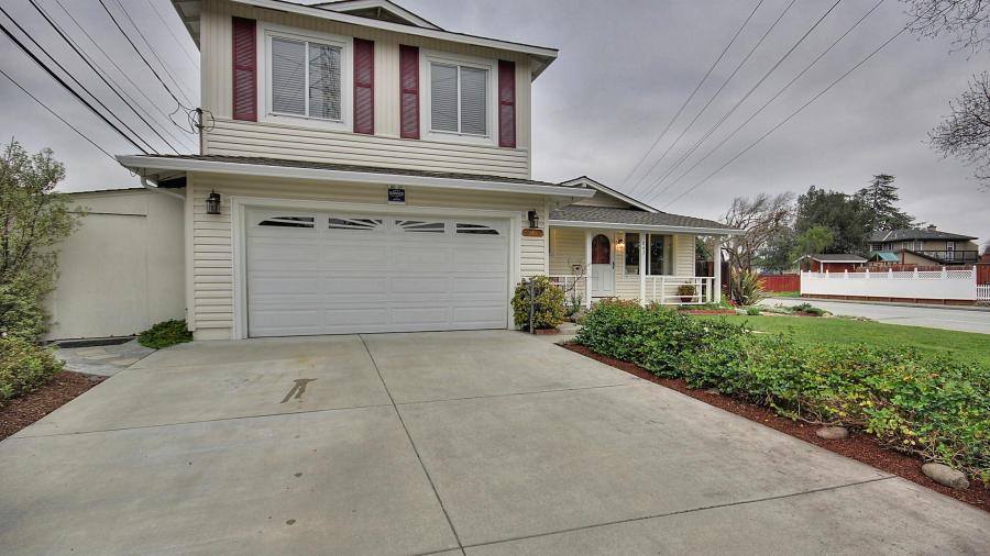 843 Laurie Avenue, Santa Clara, CA 95054