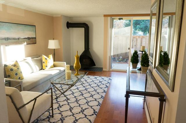 505 Cypress Point Dr #210, Mountain View, CA 94043