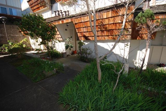 2752 Meath Dr, South San Francisco, CA 94080
