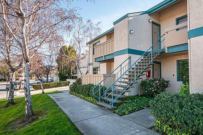 851 Woodside Way #121, San Mateo, CA 94401