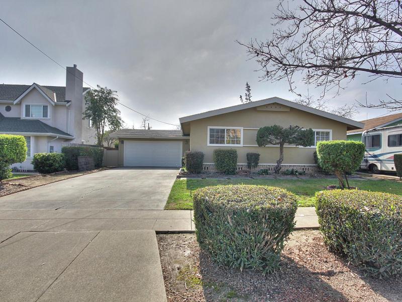 4062 W Campbell Avenue, Campbell, CA 95008