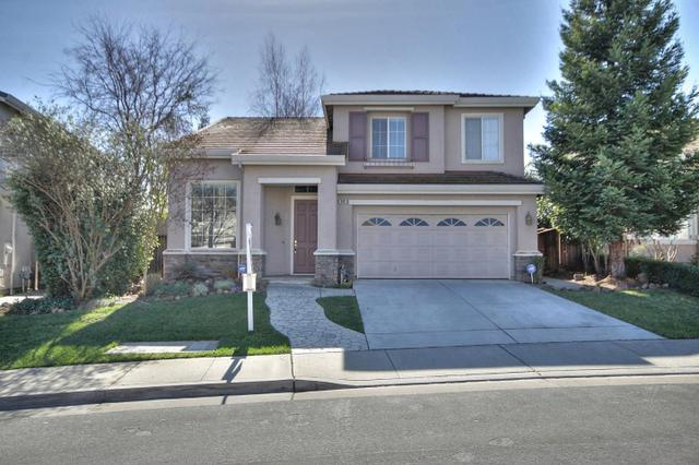 940 Wildgrass Ct, Gilroy, CA 95020