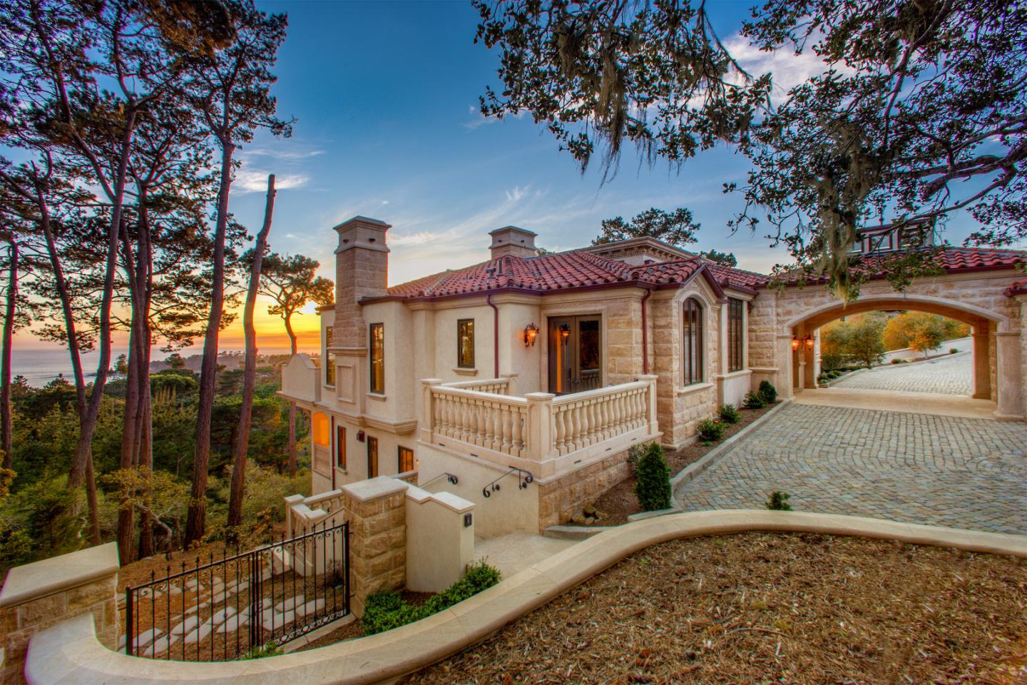 1508 Bonifacio Rd, Pebble Beach, CA