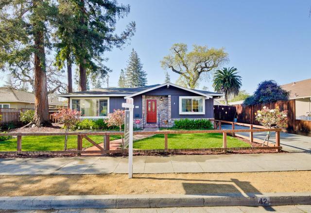 42 Iris St, Redwood City, CA 94062