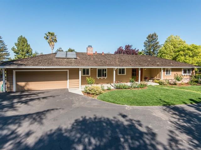315 Quinnhill Rd, Los Altos, CA 94024
