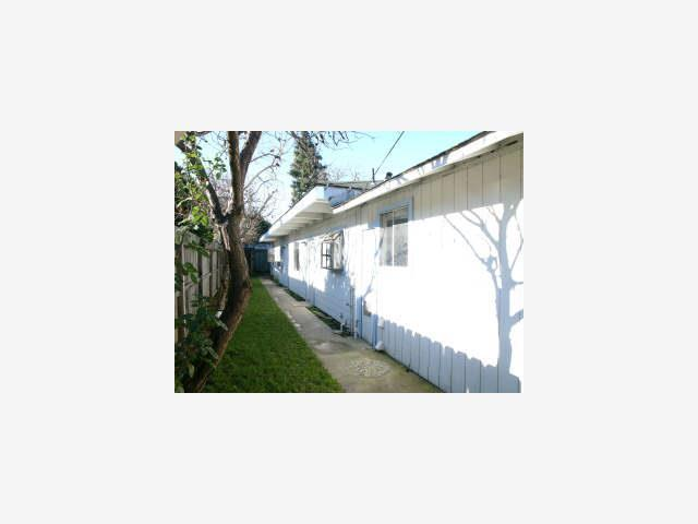 2824 Westmoreland Ave, Redwood City, CA 94063