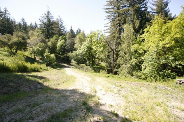 21857 Bear Creek Rd, Los Gatos, CA 95033