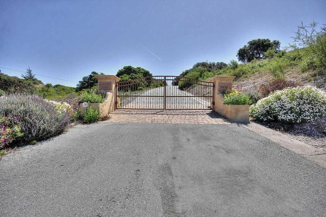 27155 Upper Forty Dr, Carmel Valley, CA 93924