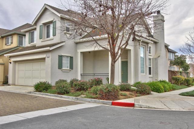 1860 Bradbury St, Salinas, CA 93906