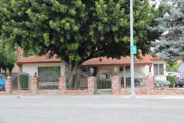 797 Willow Glen Way, San Jose, CA 95125