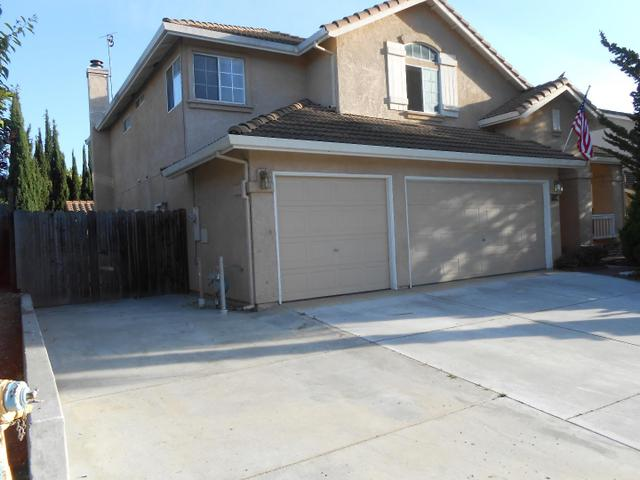 1801 Hemlock Ct, Hollister, CA 95023