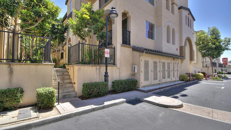 62 Parc Place Drive, Milpitas, CA 95035