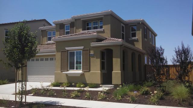 2437 Stalsburg Dr, Tracy, CA 95376