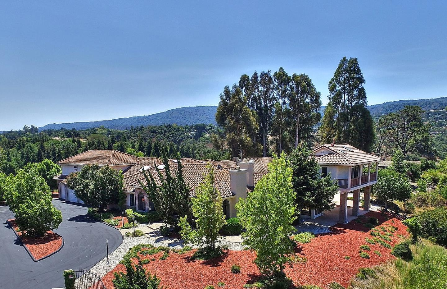 14293 Saddle Mountain Dr, Los Altos, CA