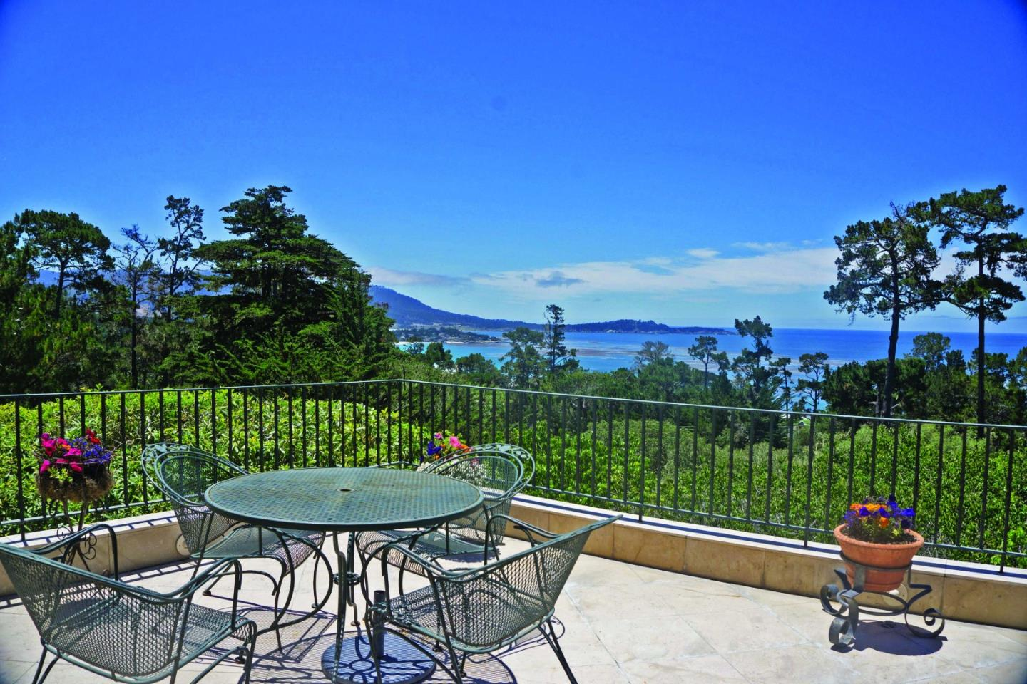 1700 Crespi Ln, Pebble Beach, CA